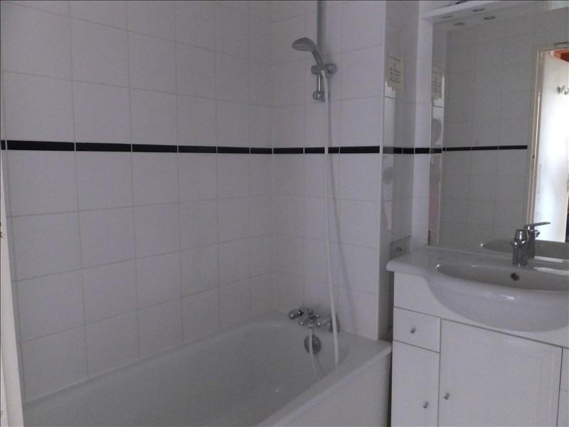 Rental apartment Montigny le bretonneux 850€ CC - Picture 7