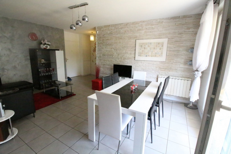 Sale apartment Fontaine 210000€ - Picture 4