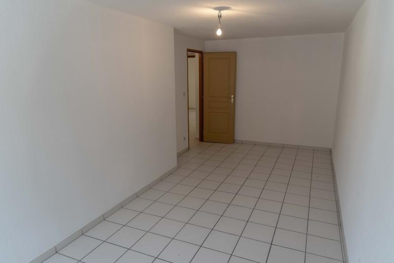 Location appartement Nantua 438€ CC - Photo 7