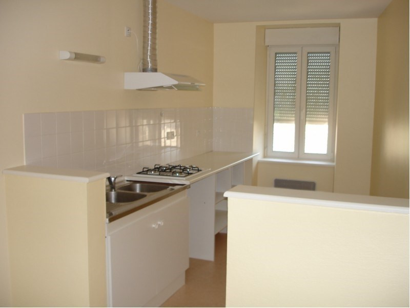 Rental apartment Moyrazes 482€ CC - Picture 1