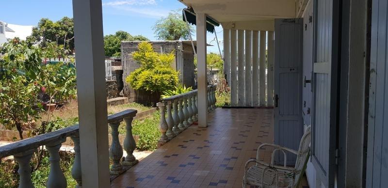 Sale house / villa Le port 175000€ - Picture 2