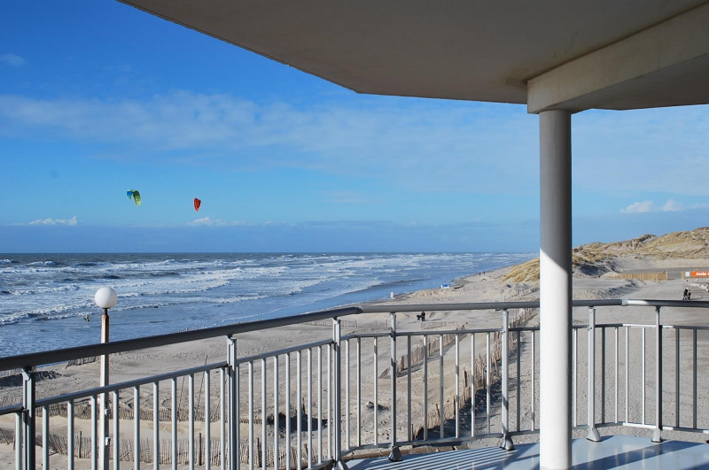 Vacation rental apartment Fort mahon plage  - Picture 3