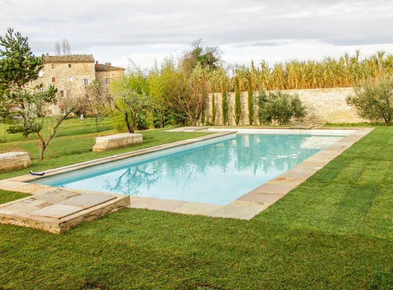 Vente de prestige maison / villa Uzes 688000€ - Photo 2
