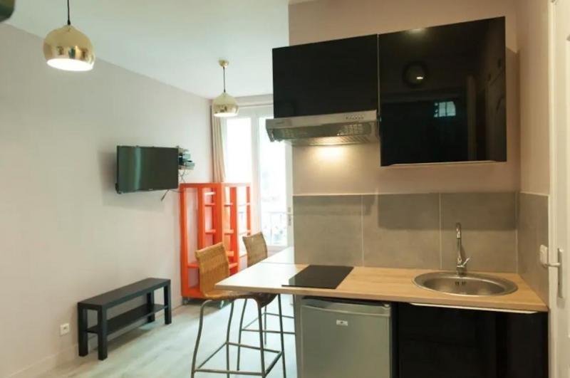 Vente appartement Paris 18ème 245000€ - Photo 1