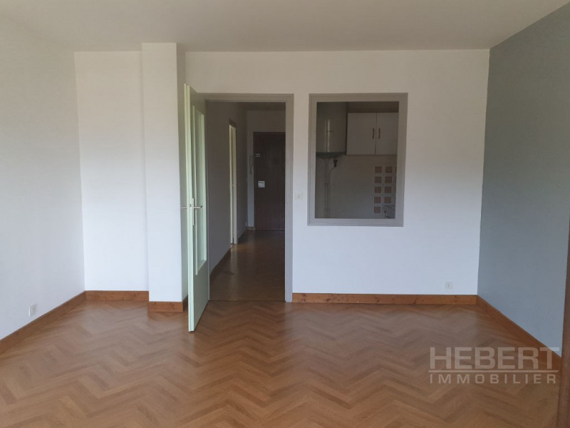 Location appartement Sallanches 576€ CC - Photo 3