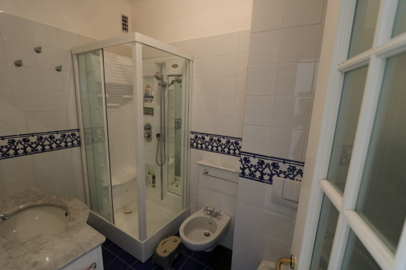 Deluxe sale apartment Nice 765000€ - Picture 5