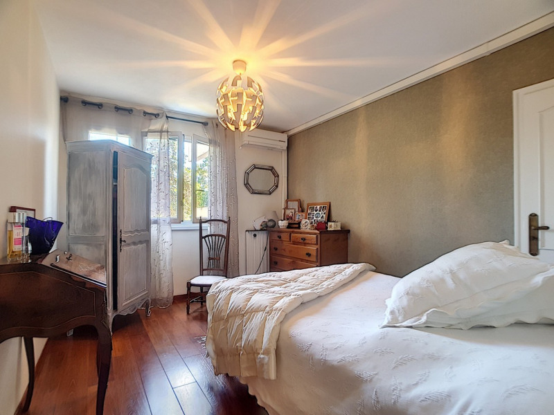 Sale apartment Meylan 325 000€ - Picture 6