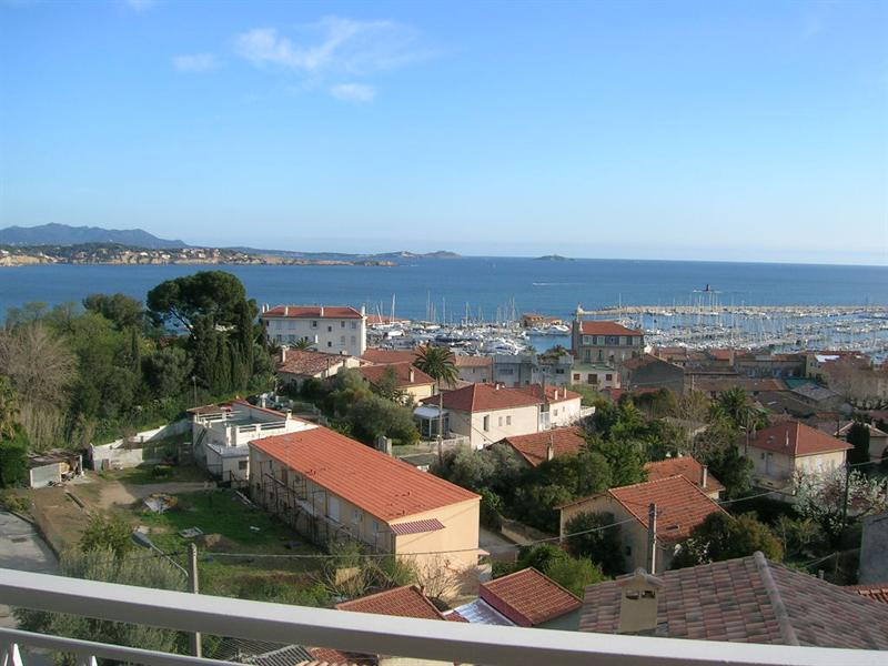 Location vacances appartement Bandol 500€ - Photo 1