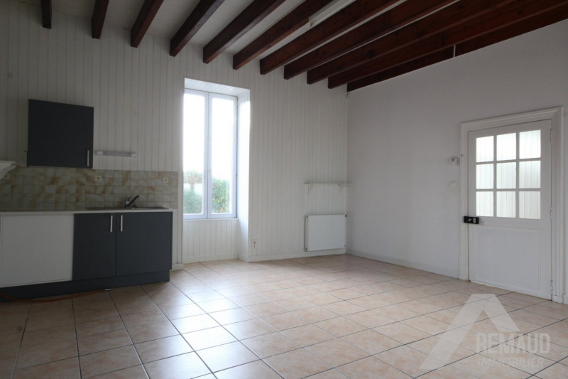 Sale house / villa Aizenay 106 740€ - Picture 1