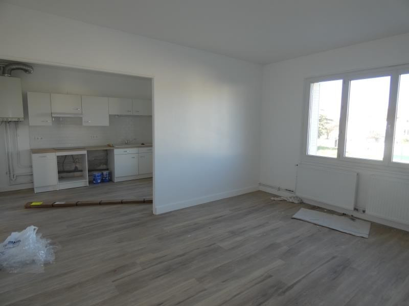 Location appartement Montelimar 765€ CC - Photo 2