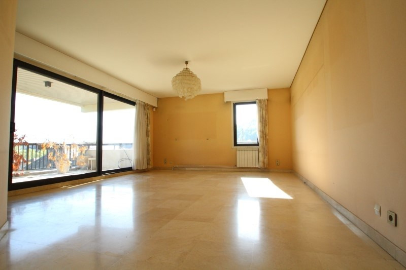 Sale apartment Chambery 360 000€ - Picture 1