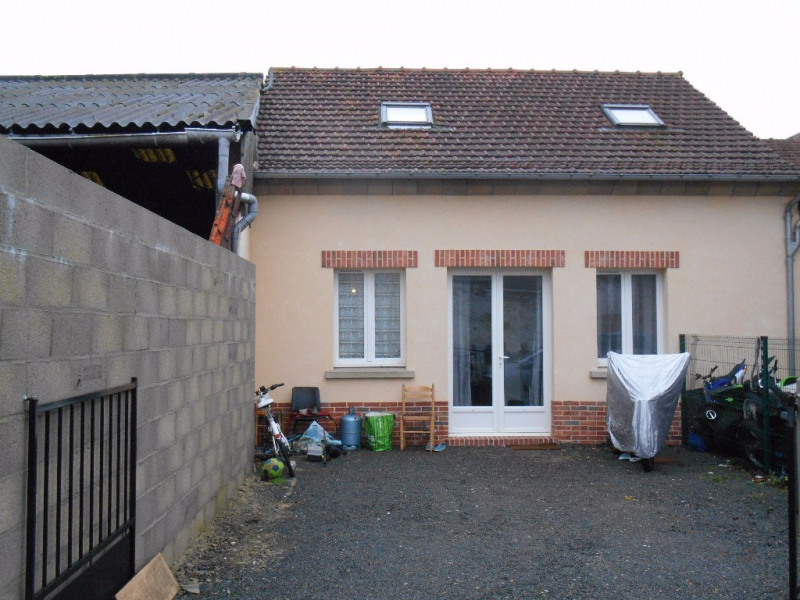 Sale house / villa Songeons 122 000€ - Picture 1