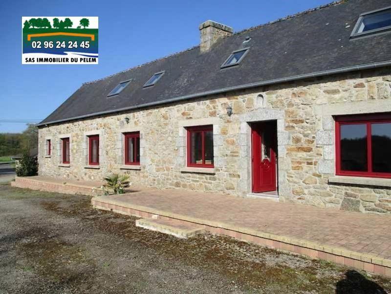 Sale house / villa Peumerit quintin 254400€ - Picture 1