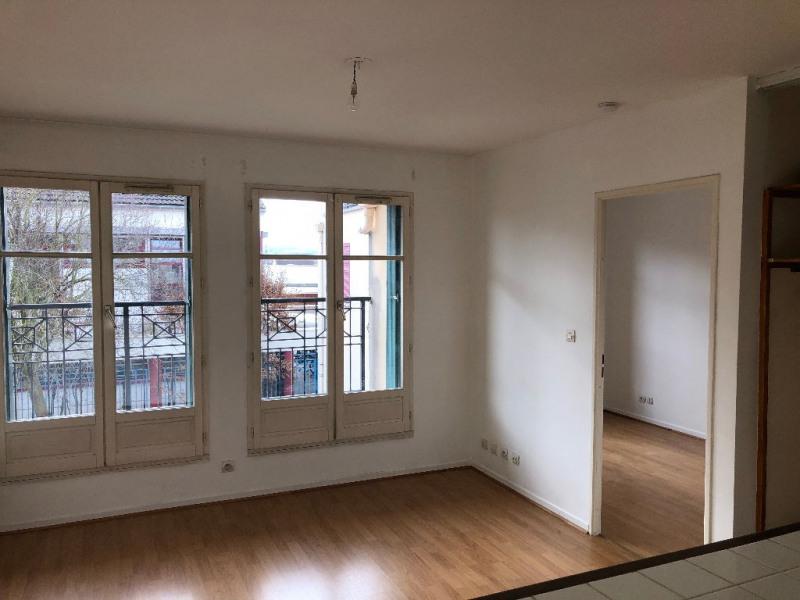 Rental apartment Carrieres sous poissy 649€ CC - Picture 1