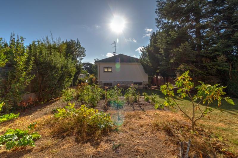 Sale house / villa Croissy sur seine 950000€ - Picture 2