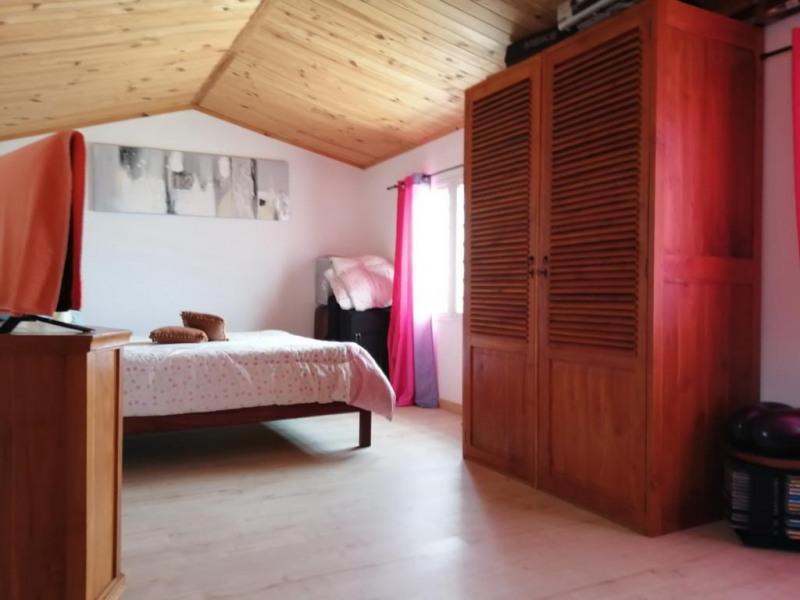 Location maison / villa La possession 2400€ CC - Photo 4