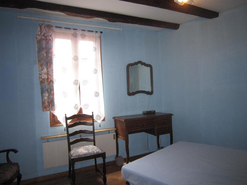 Vente maison / villa Saint-cyprien 63720€ - Photo 4