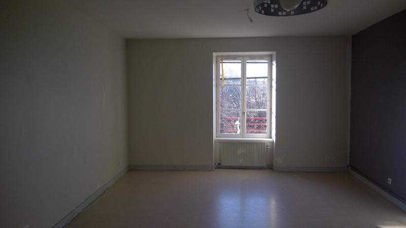 Rental apartment St julien chapteuil 420€ CC - Picture 2