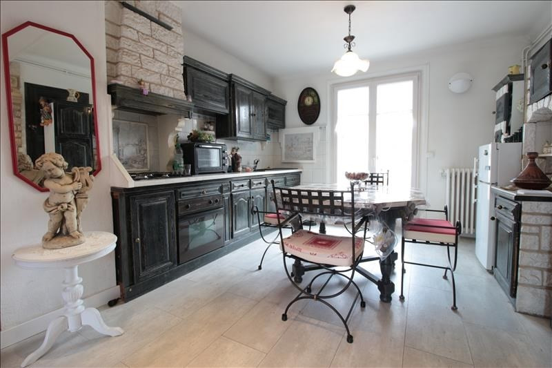 Sale apartment Annecy 302000€ - Picture 3