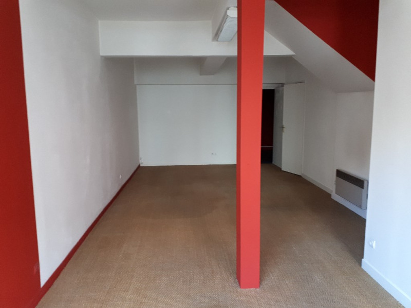 Rental empty room/storage Saint omer 440€ HC - Picture 2