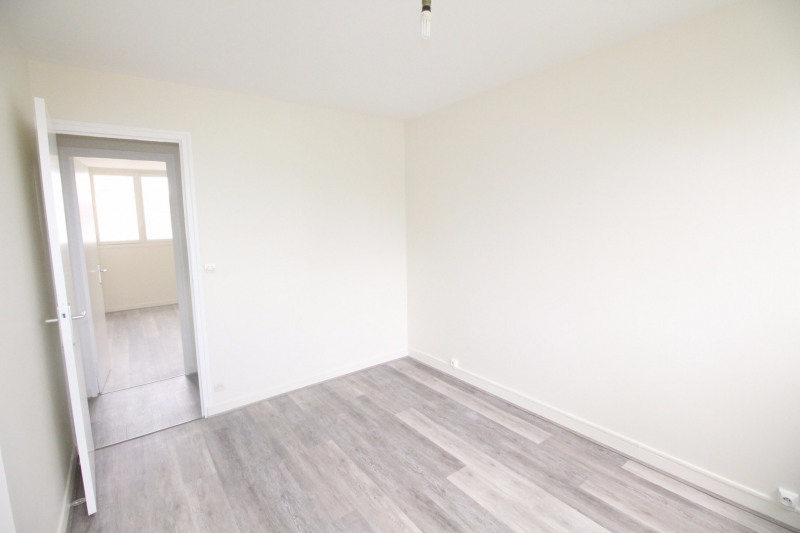 Location appartement Fontaine 660€ CC - Photo 10