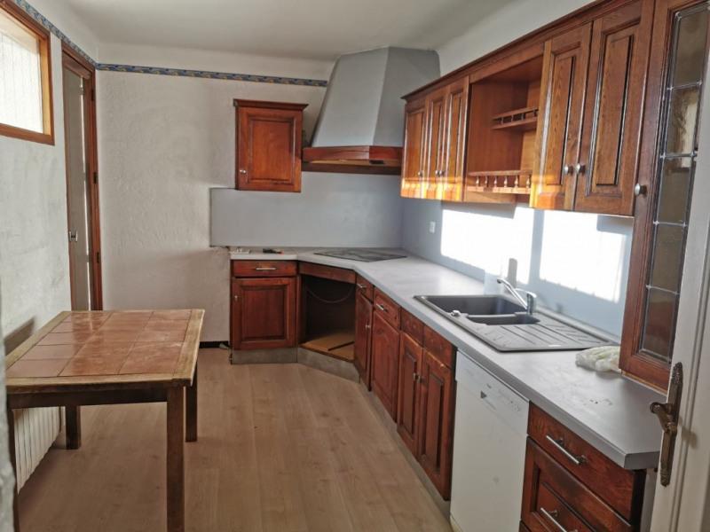 Rental house / villa Bouc bel air 1670€ CC - Picture 3