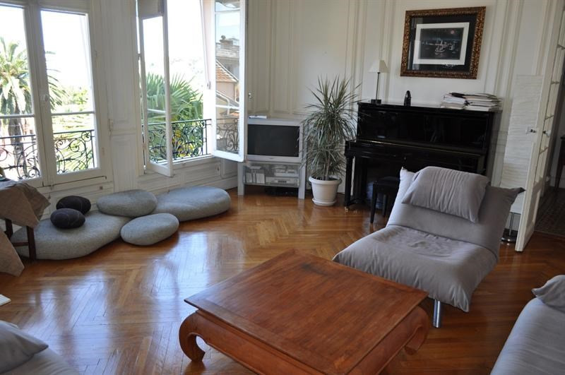 Sale apartment Nice 574 000€ - Picture 1