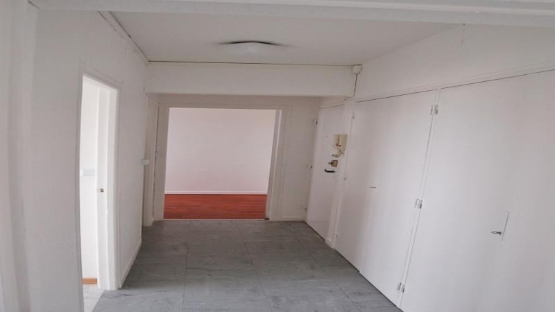 Rental apartment Troyes 376€ CC - Picture 4
