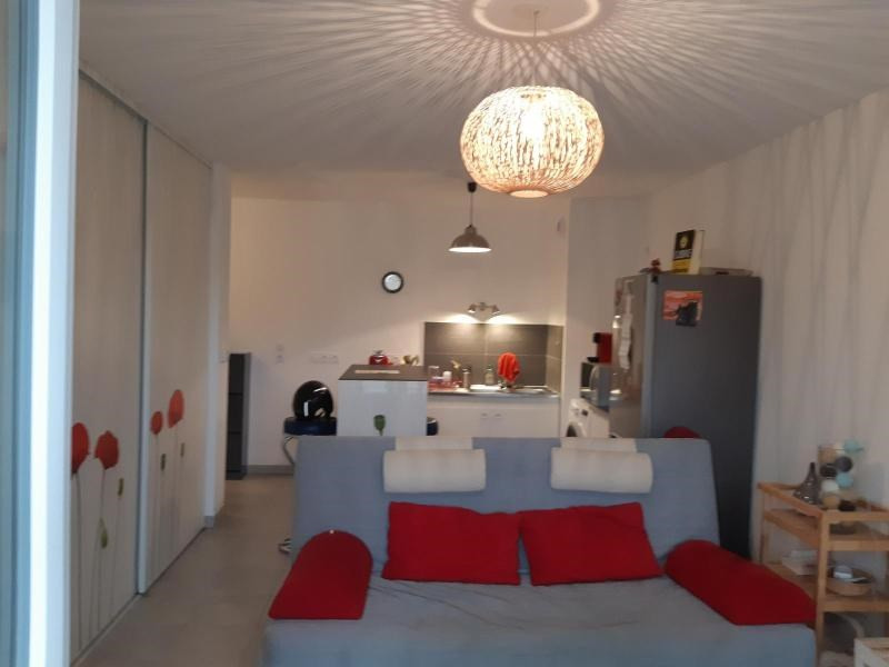 Location appartement Marseille 11ème 686€ CC - Photo 4