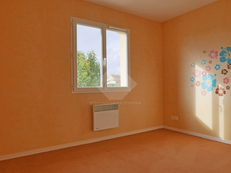 Location maison / villa Menneval 770€ CC - Photo 9