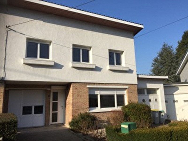 Location maison / villa Saint omer 810€ CC - Photo 1