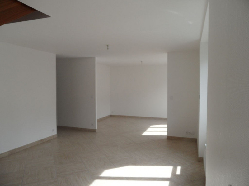 Sale apartment Auray 254 050€ - Picture 1
