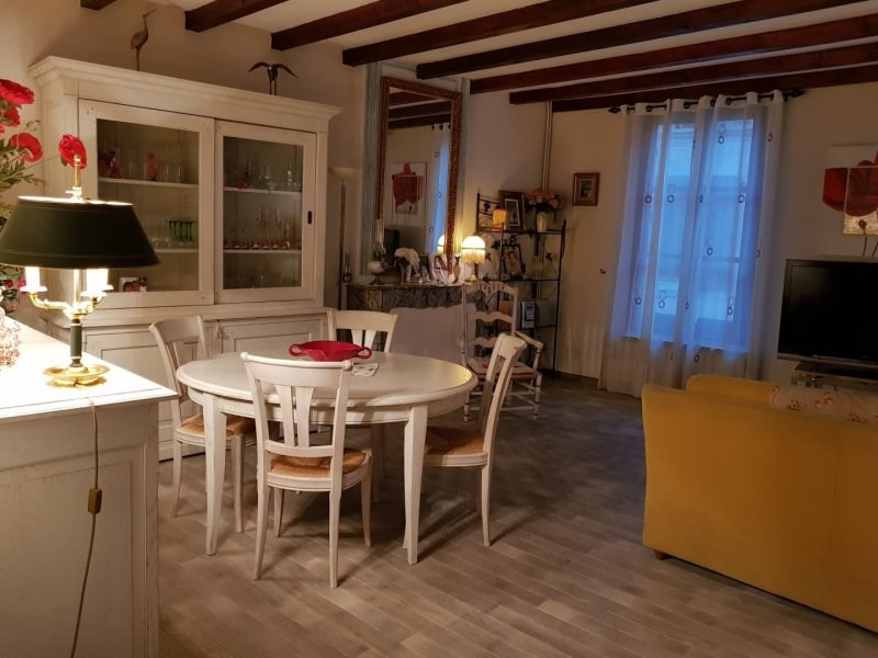 Investment property house / villa Barbentane 260000€ - Picture 2