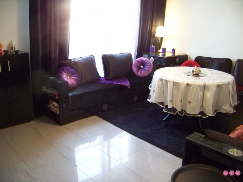 Sale apartment Poissy 229000€ - Picture 1