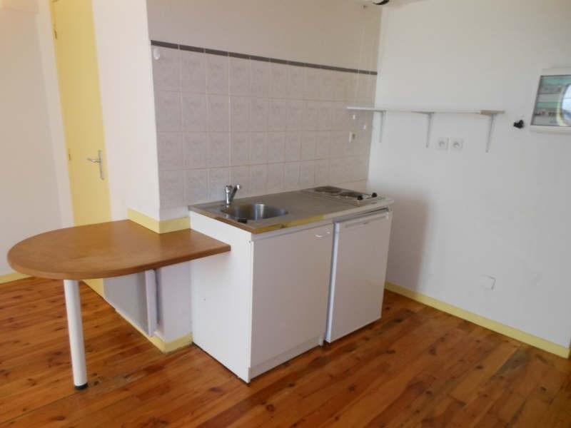 Location appartement Le puy en velay 263,79€ CC - Photo 3