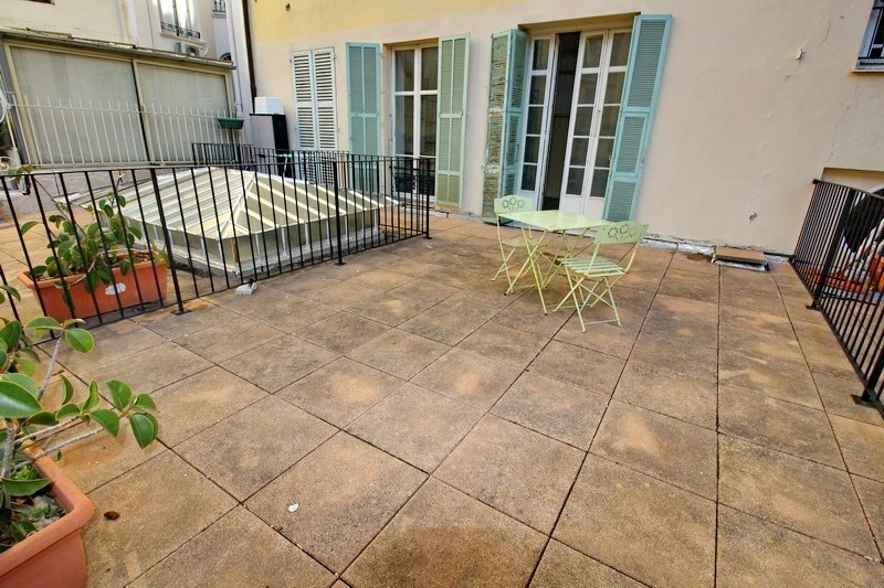 Sale apartment Nice 145 000€ - Picture 2