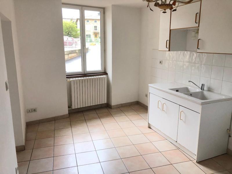 Location maison / villa Lucenay 799€ CC - Photo 4