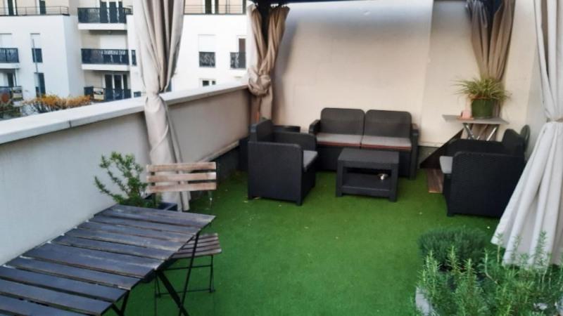 Studio de 22 m² + terrasse de 22 m² à villemomble