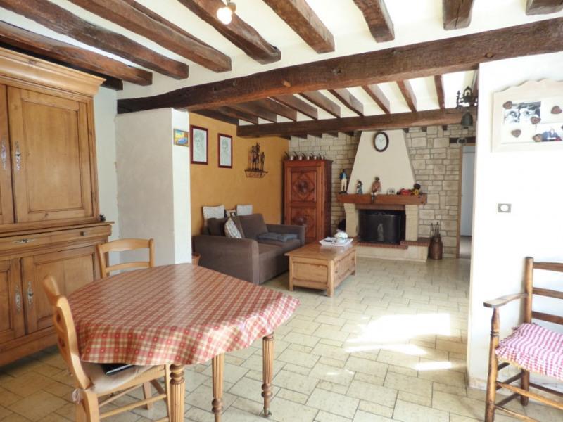 Sale house / villa Les andelys 230000€ - Picture 2