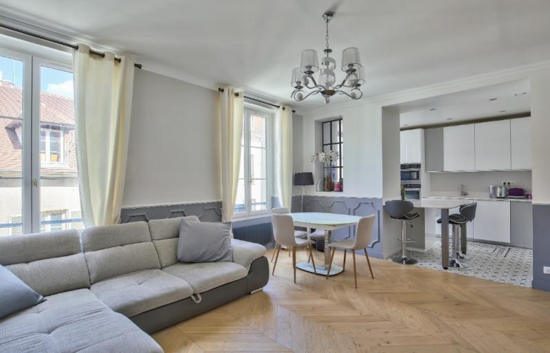 Sale apartment Saint germain en laye 830000€ - Picture 1