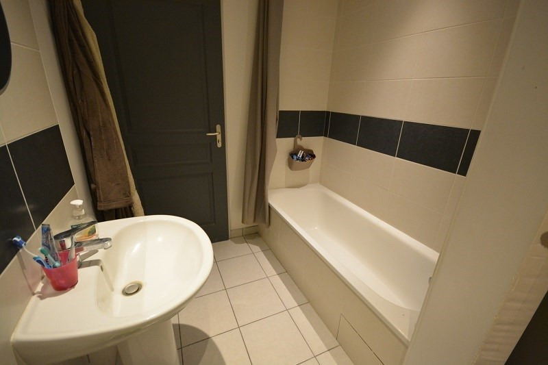 Sale house / villa Bourgoin jallieu 155000€ - Picture 4