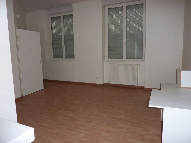 Sale empty room/storage Pontivy 205 000€ - Picture 3