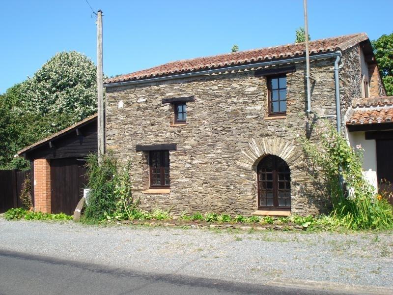 Sale house / villa La chaussaire 302000€ - Picture 1