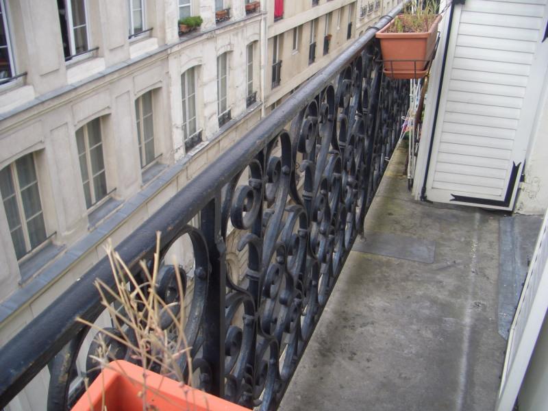 Rental apartment Paris 4ème 1250€ CC - Picture 2