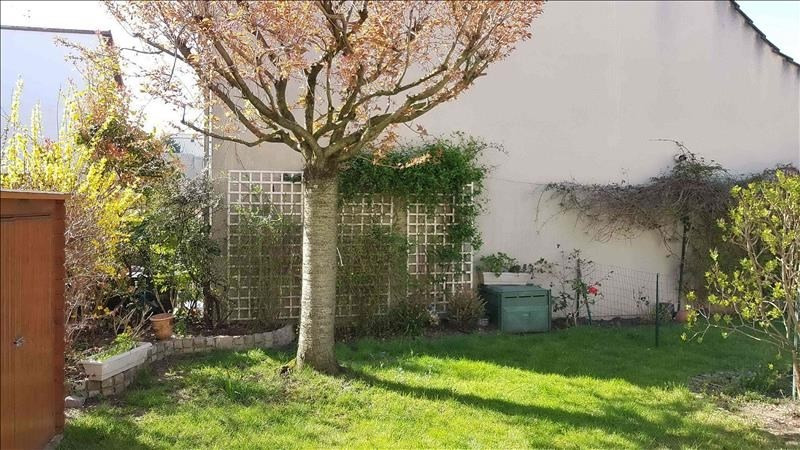 Sale house / villa Bondy 357000€ - Picture 3