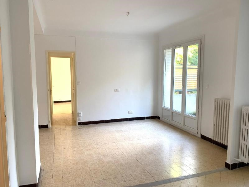 Location appartement Aix en provence 820€ CC - Photo 2