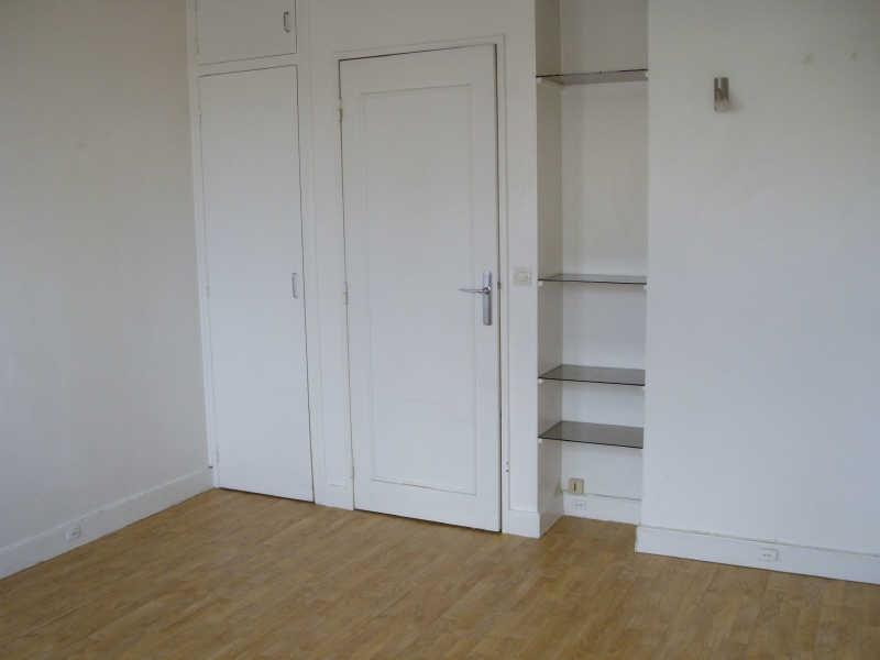 Rental apartment St germain en laye 626€ CC - Picture 2