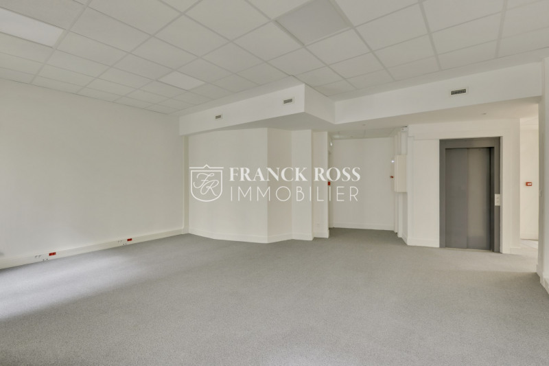 Rental office Paris 17ème 17 083€ HC - Picture 7