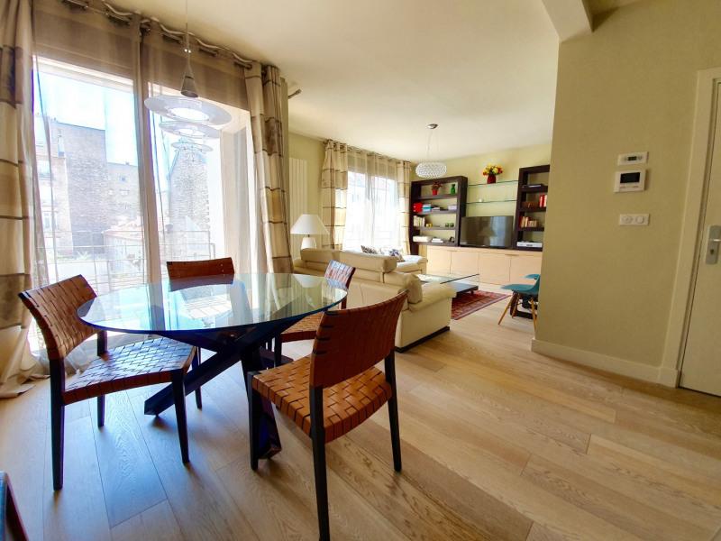 Vente de prestige appartement Paris 15ème 985000€ - Photo 3