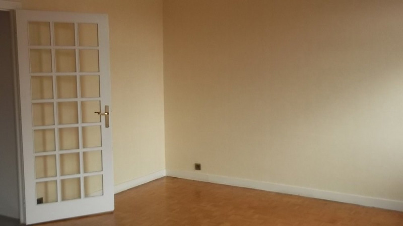 Sale apartment Le puy en velay 99 500€ - Picture 3